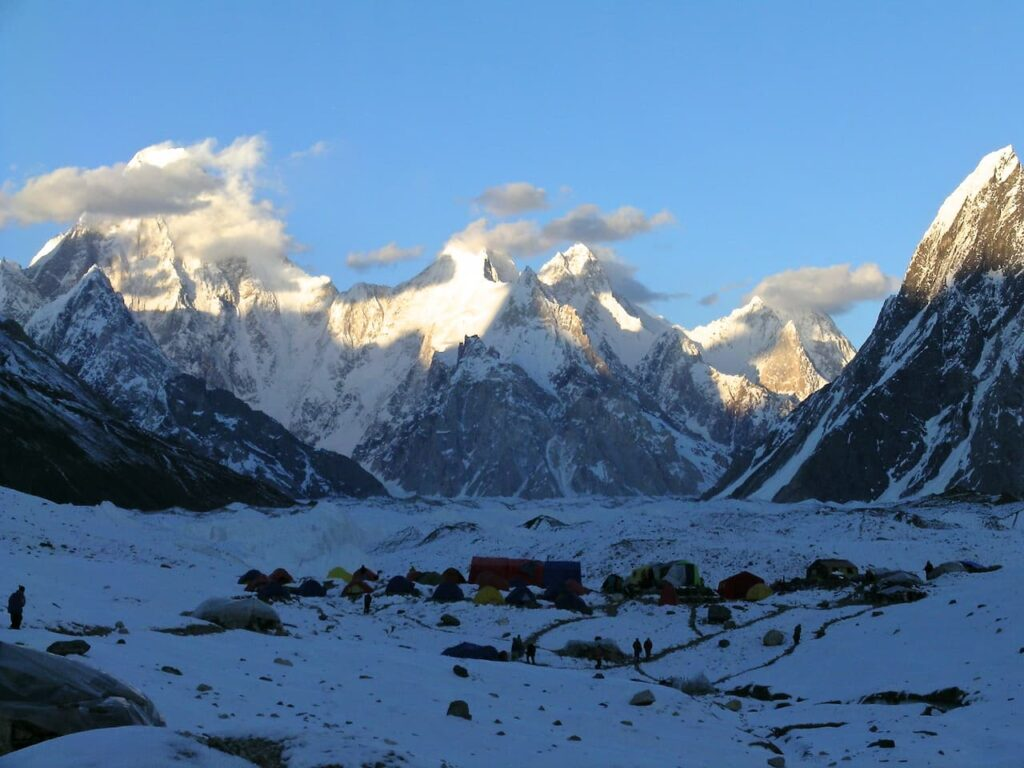 21 Gore ll Gasherbrum 4 6th stage 1280x960